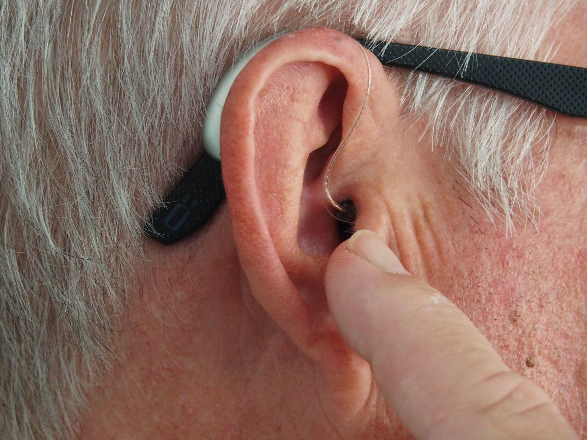 Links Between Loss of Hearing and Alzheimer's Disease